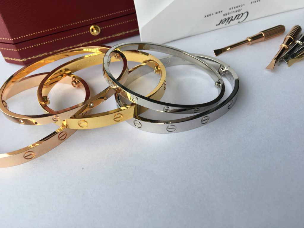 Real 1:1 Cartier love bracelet thin & regular diamonds and without diamonds in yellow gold, white gold, pink gold in size 16-19cm