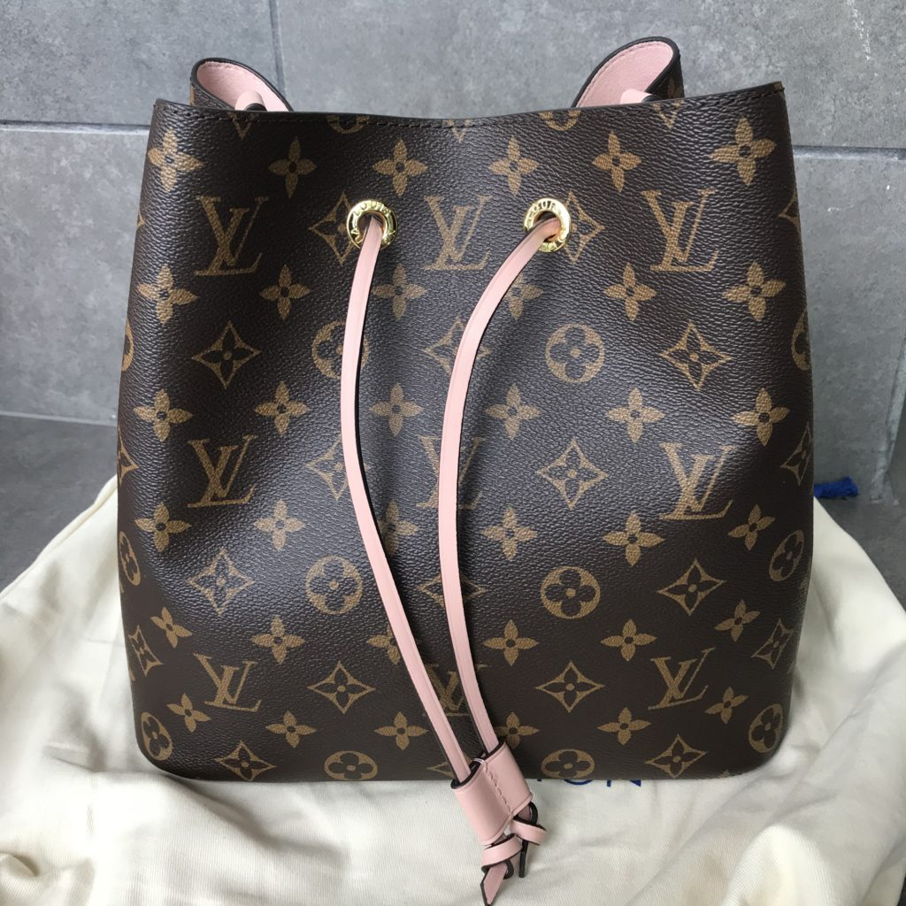 LOUIS VUITTON Neonoe M44022 Monogram Canvas Shoulder Bag