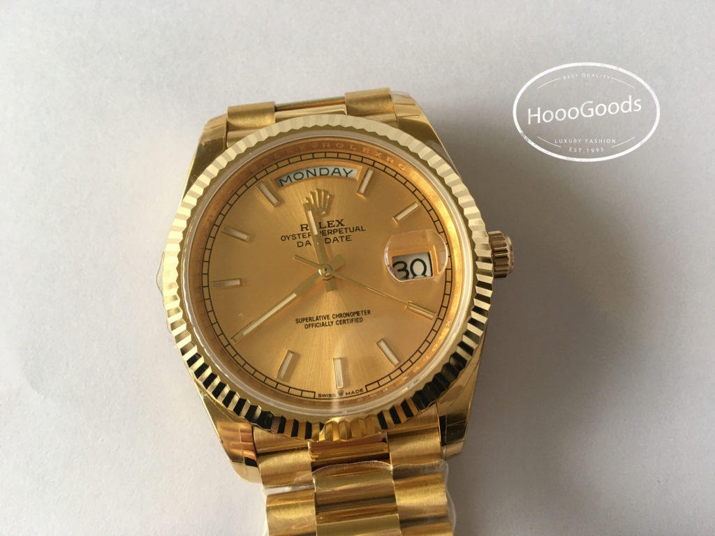Rolex Watch Oyster Perpetual DAY-DATE 40 yellow gold with a gold dial