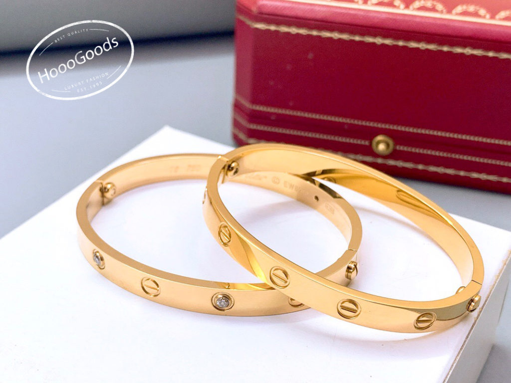 Yelow gold Cartier Love Bracelet old model screw system diamonds and no diamond