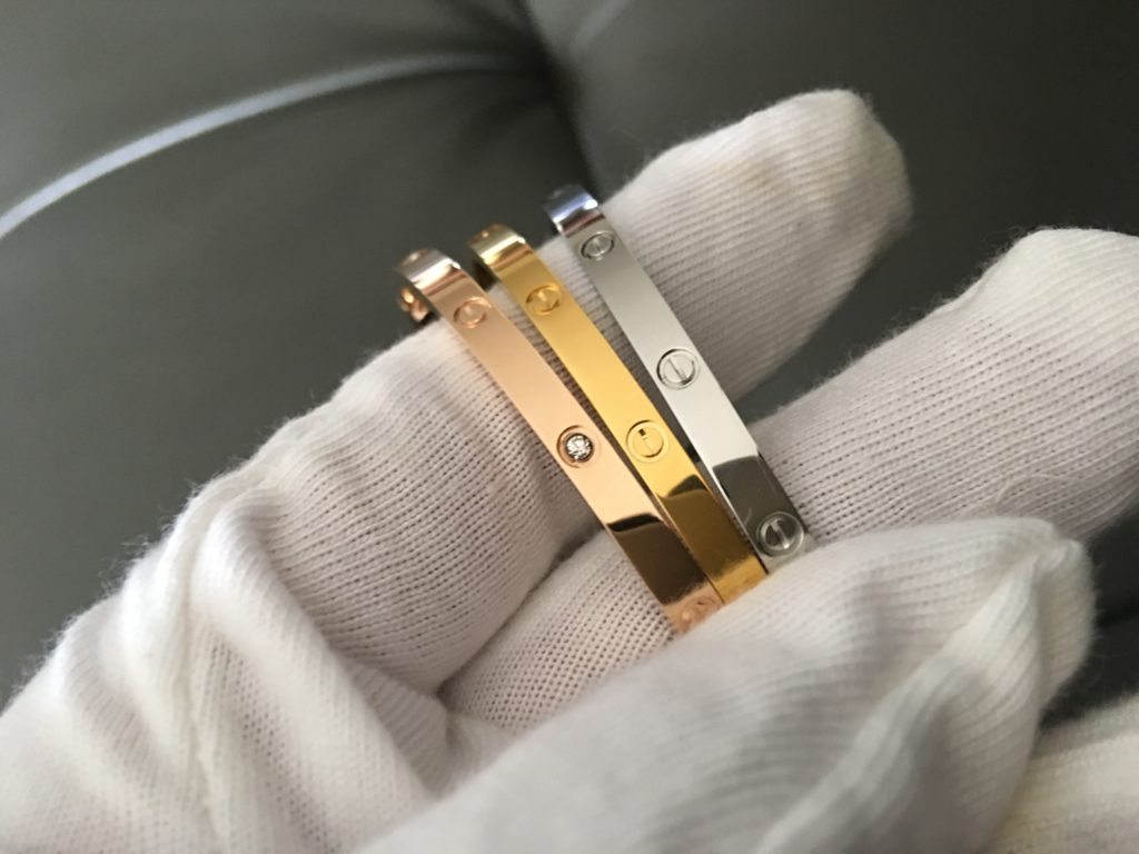 Rose Gold diamond, white gold and yellow gold Second Hand Cartier Love Bracelets