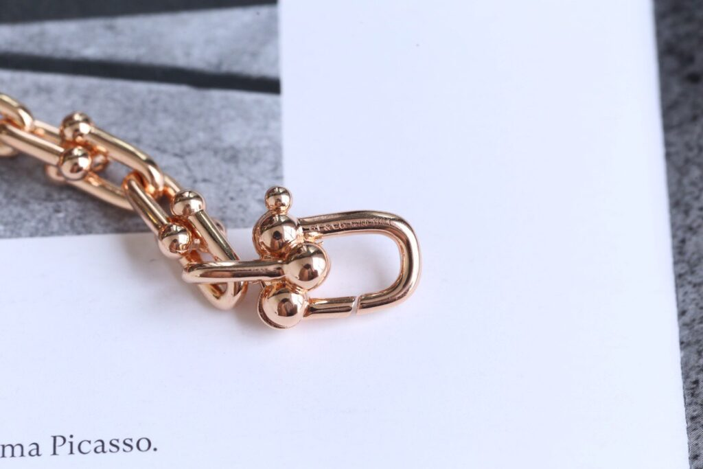 Tiffany HardWear Link Bracelet rose gold
