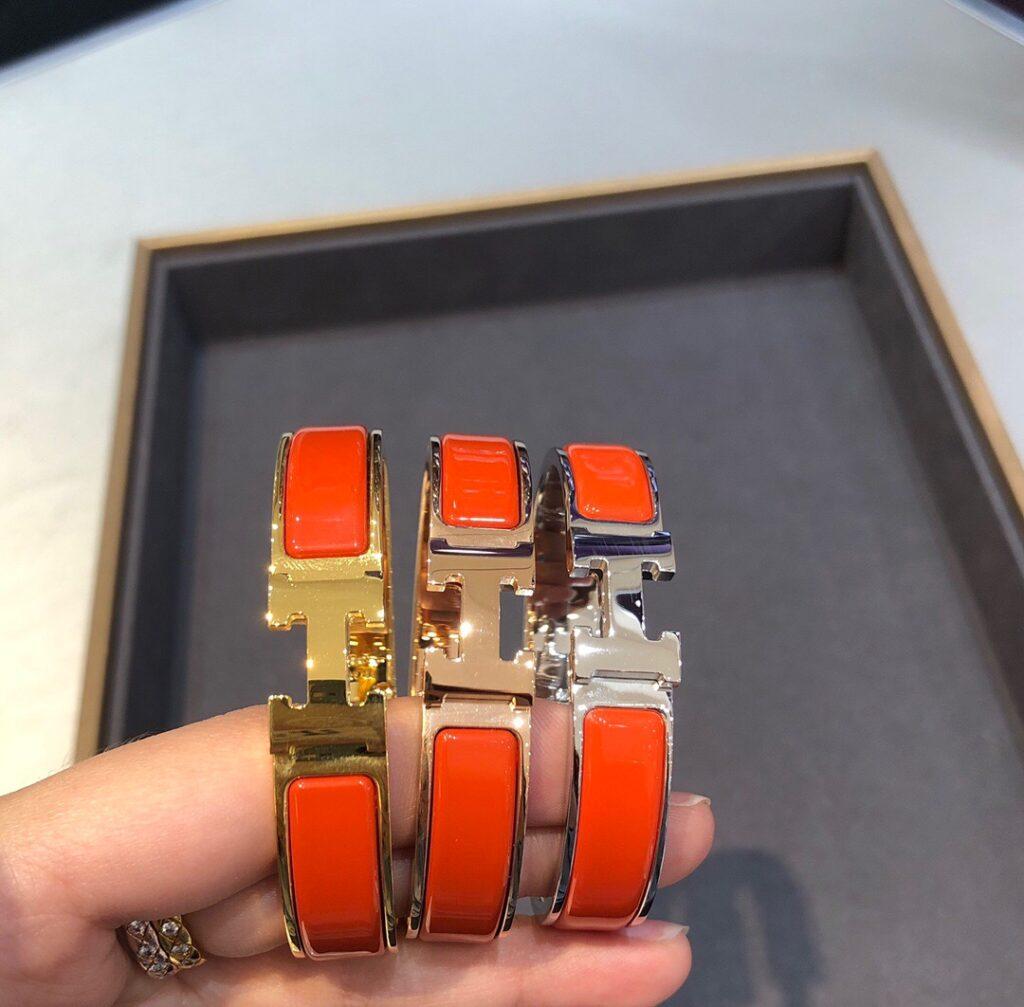 Hermes orangle click h bracelet