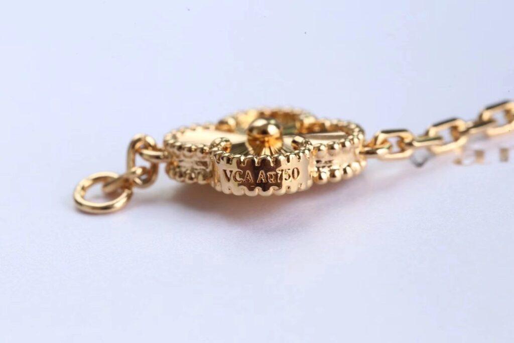 VAN CLEEF Yellow gold Vintage Alhambra bracelet