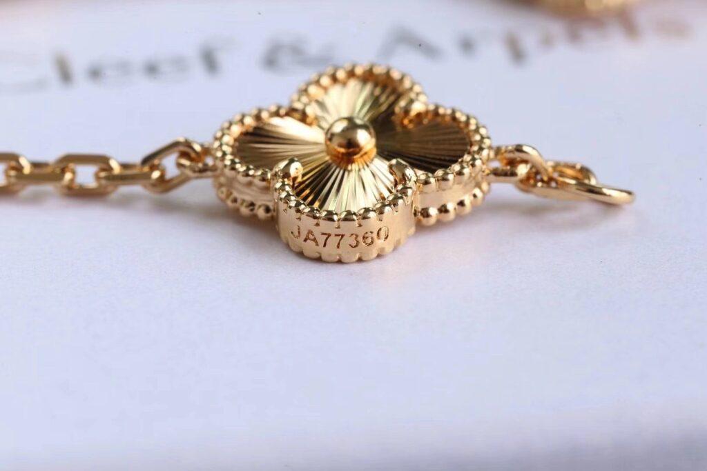 VAN CLEEF Alhambra bracelet YELLOW GOLD