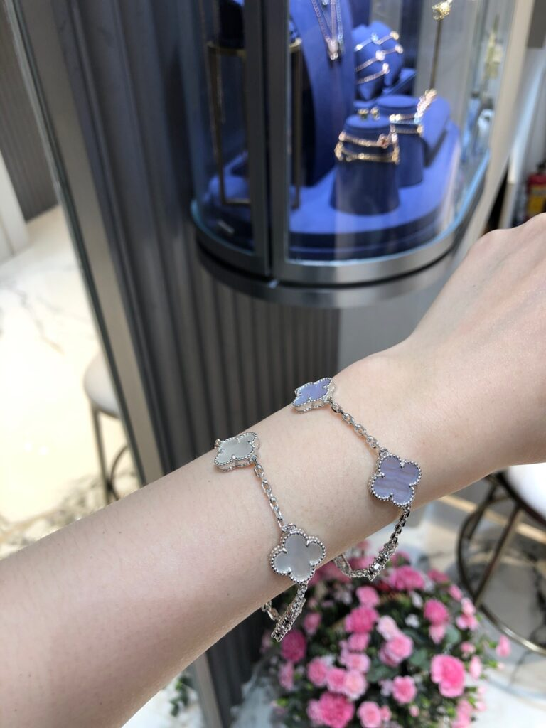 Stacking Chalcedony AND White Mother-of-Pearl Van Cleef Vintage Alhambra bracelet
