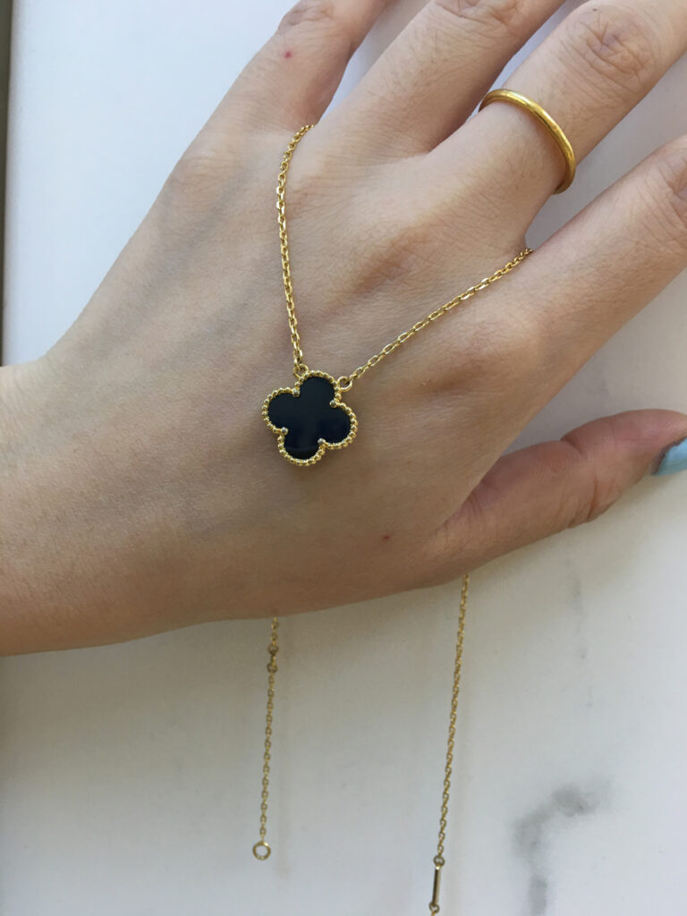 Van Cleef Alhambra necklace black onyx