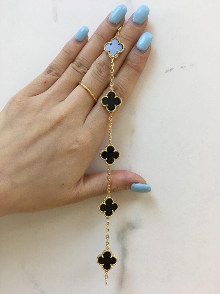 Van Cleef vintage Alhambra bracelet 5 motifs black onyx