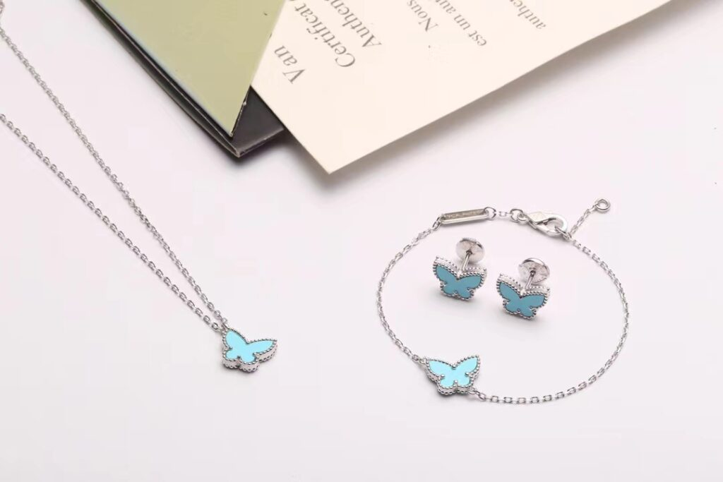 VCA Sweet Alhambra Butterfly Bracelet, Pendant and Earstuds/Earrings Turquoise White Gold